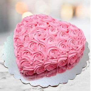 Creamy Strawberry Cake - Send Cakes to Sonipat