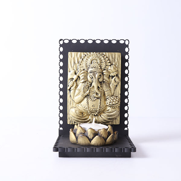 Vamamukhi Ganesha Idol With Wooden Base And T Light Holder