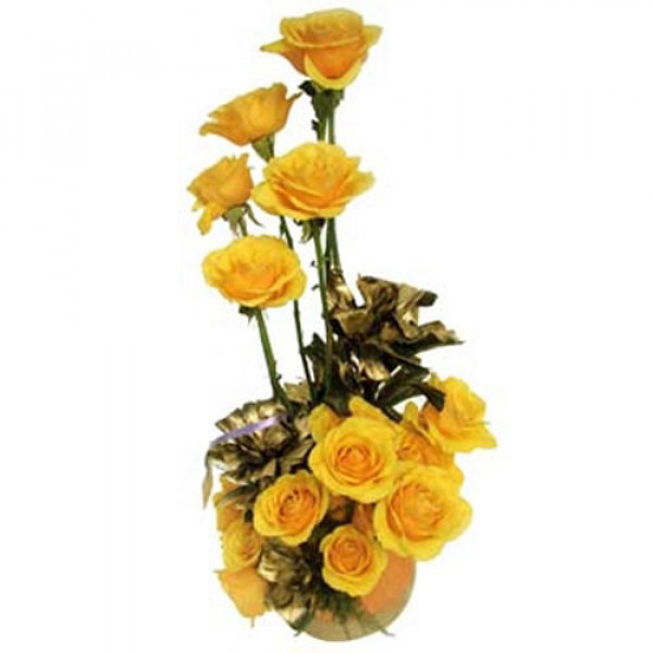 A Golden Creation 15 Yellow Roses