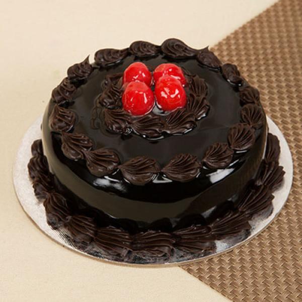 Round Shape Chocolate Truffle Cake