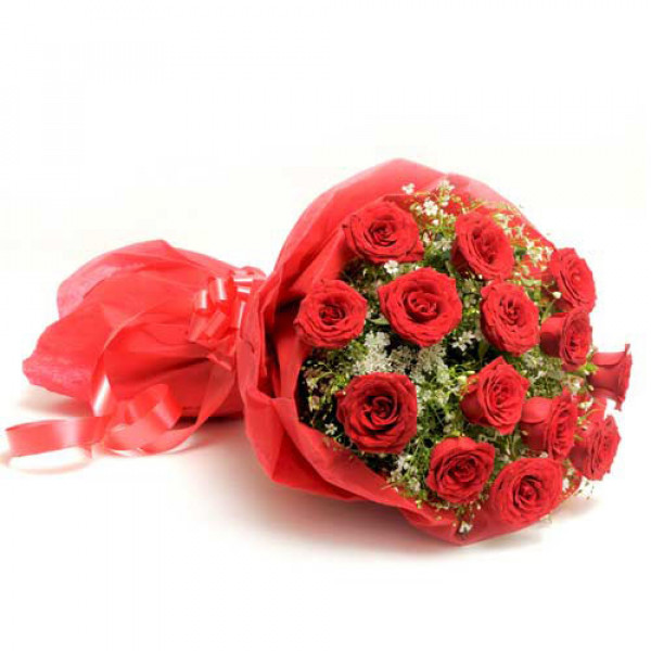 The Scarlet Love 15 Red Roses