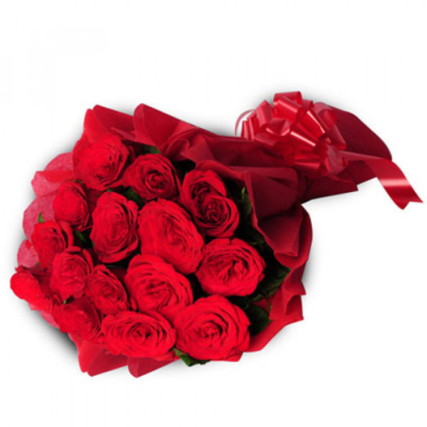 15 Red Roses India