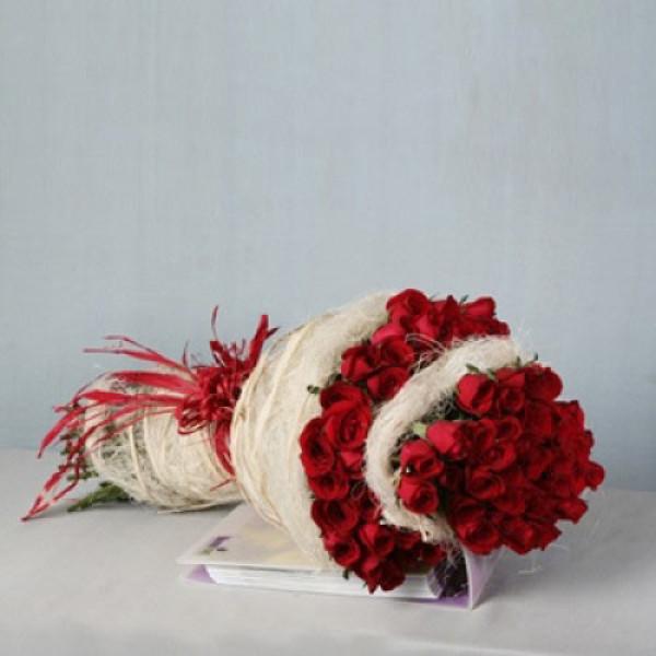 Deep Love 75 Red Roses