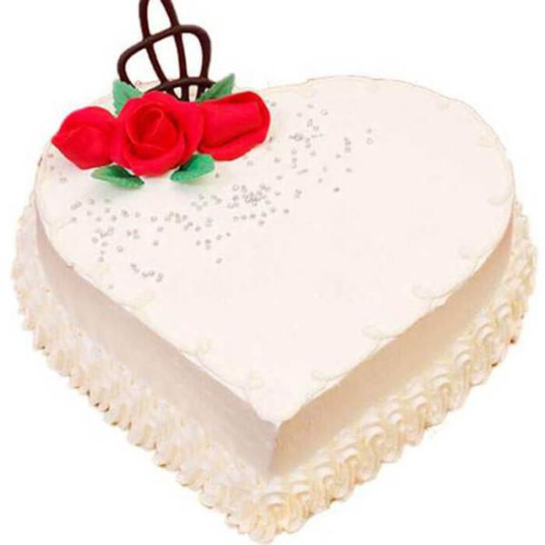 Heart Shape Creamy Vanilla Cake