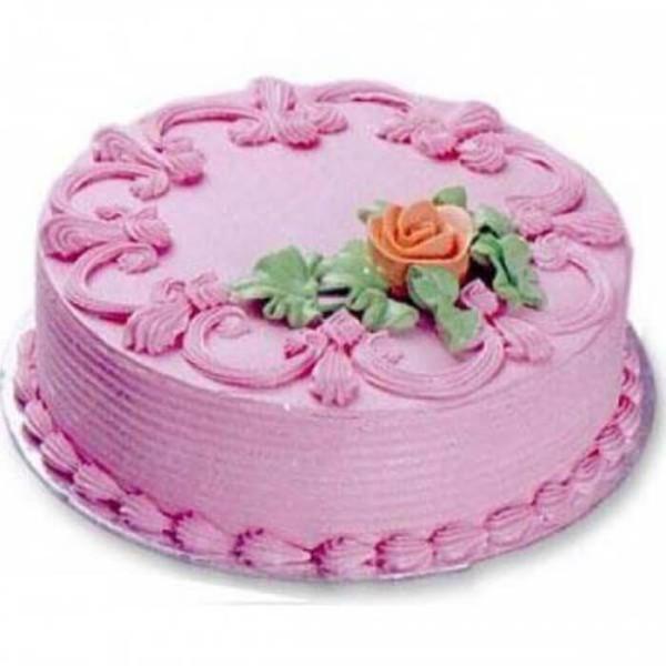 Creamy Strawberry Charm Cake