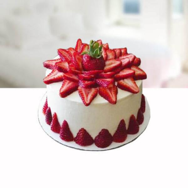 Dark Strarberry Cake