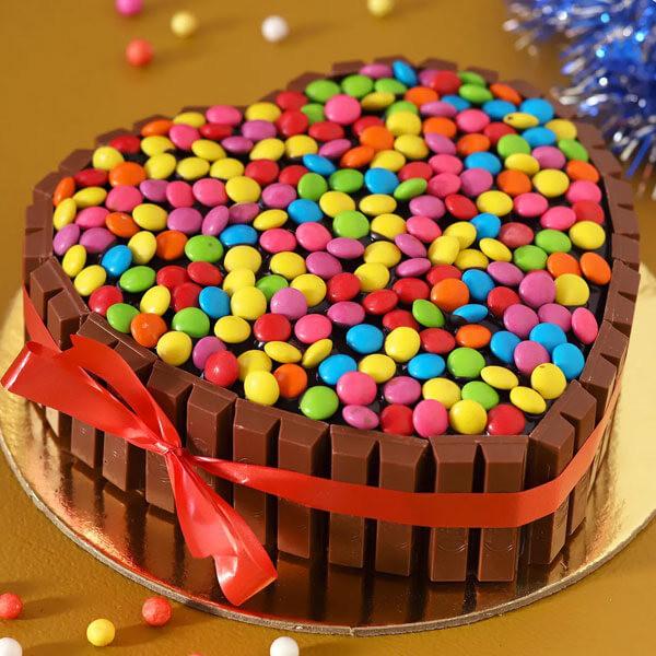 Hearty Choco KitKat Cake
