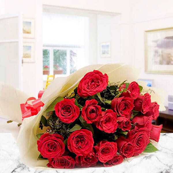 Roses And Love 25 Red Roses