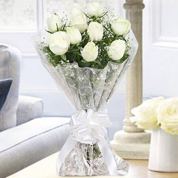 10 White Roses Bunch Online